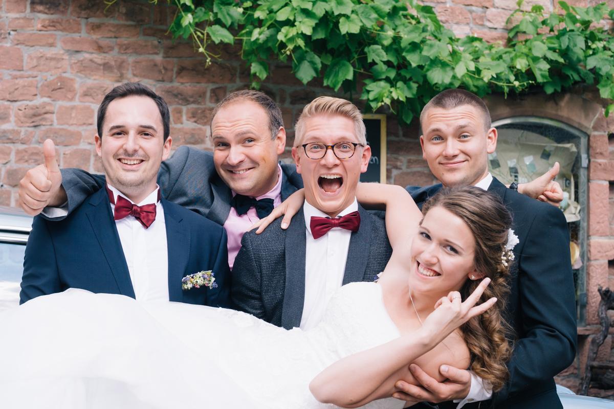 Hochzeit_1200px-568